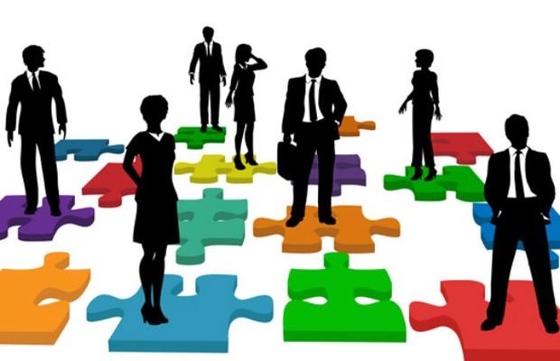 Persona, ou avatar, o arquétipo do comprador precisa ser conhecido da empresa, a definição de um cliente típico, com as características dos consumidores, seus desejos, aspirações, problemas… todos indícios do caminho que a empresa deve seguir para tê-los como clientes.